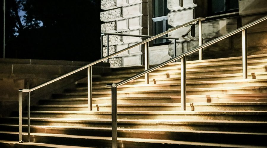 stairs-2350741_1920